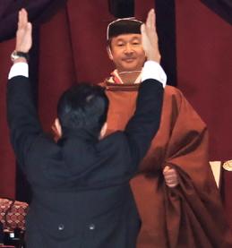 [韓国の反応]天皇、即位宣言で「憲法遵守」…安倍首相の主張とは対照的「日本さえなかったら我が国も王室が存在していただろうに」