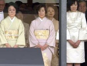 [韓国の反応]ドレスコード違反? 「違和感」招いた安倍昭恵氏の即位礼の衣装とは「昭恵夫人は親韓派であるからこのような難癖をつかられてるんだろうな」