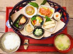 [韓国の反応]食事のレベルは明らかに 日本>>>韓国ですね