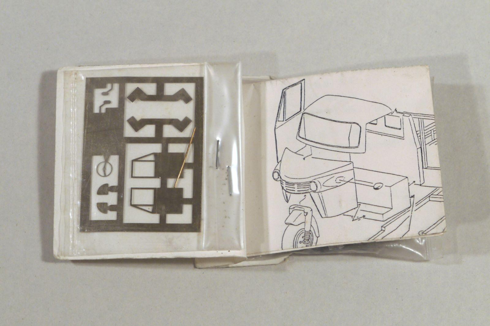 a16_trim_re_P1090600_daihatsu.jpg