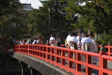 小田原城学橋成人式の日