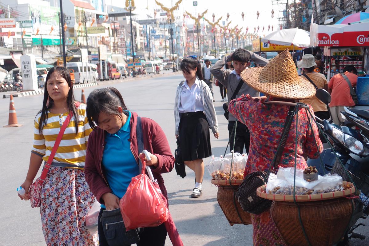 タイ国メーサーイ街角スナップ