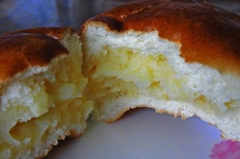 守谷製パンのクリームパン