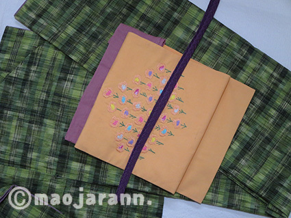 11-06緑色紬とお花01