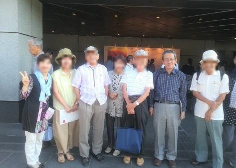 7 京都コンサートホール玄関・全員集合