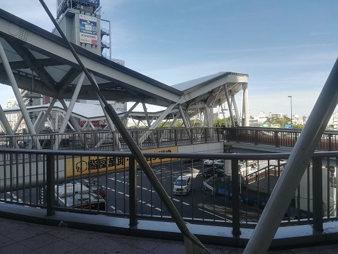 7 連絡橋から天王寺公園方面
