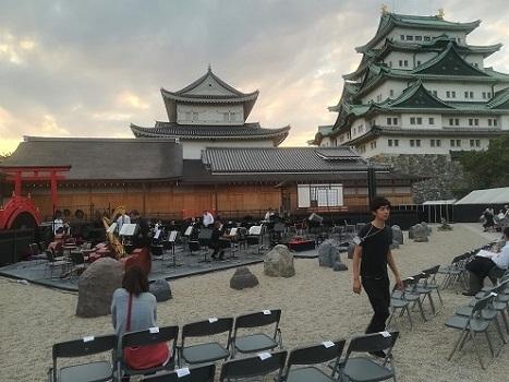 9 名古屋城本丸御殿前の会場