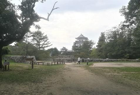 13 伊賀上野城へ向かう