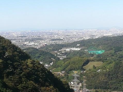 5 明神山から大阪方面