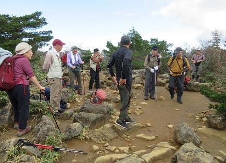 13 安達太良山登山 途中で休息