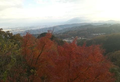 17 信貴山空鉢護法から南方面の景色