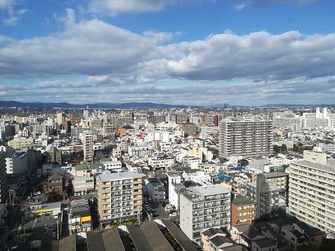 1 大阪市内のマンションの20Fより