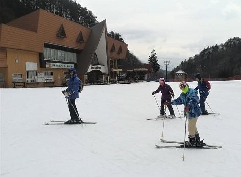 14 木曽福島スキー場・スキーセンター前