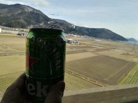 17 遠くに琵琶湖を見ながら乾杯