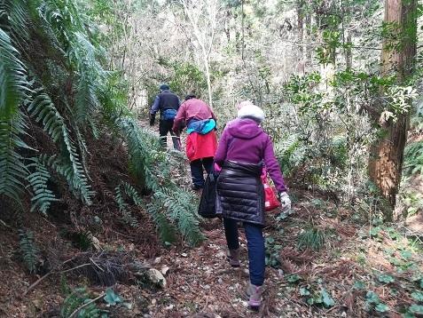 4 登山道を行く