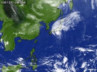 台風19号の衛星画像