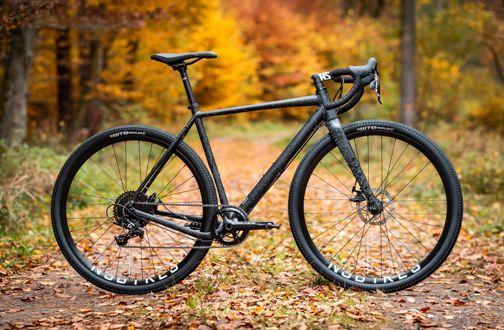 NS-Bikes-RAG-2-Gravel-Bike-2020-Adventure-Bikes-Black-2020-NSB-00074-6.jpg