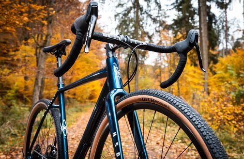 NS-Bikes-RAG-2-Gravel-Bike-2020-Adventure-Bikes-Navy-2020-NSB-00073-0.jpg