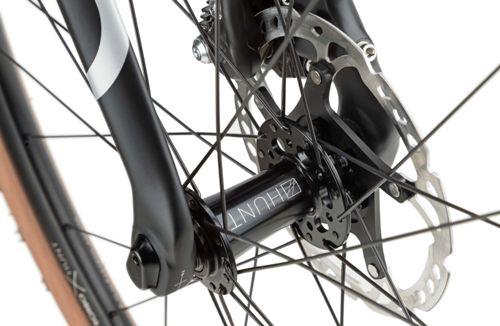 Rondo-Ruut-Ti-Gravel-Bike-2020-Adventure-Bikes-Titanium-Black-2020-RB-088-4.jpg