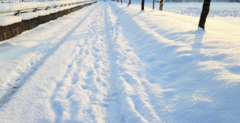 雪道1(1)