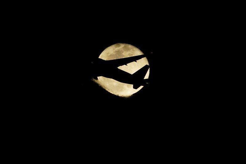 DSC03355十六夜と月r