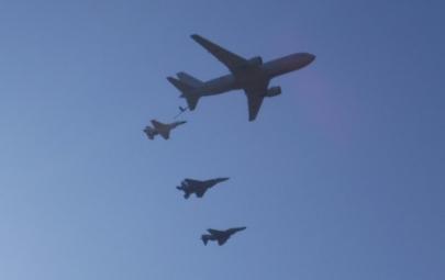 岐阜基地KC-767Boeing 767-200ERボーイング航空祭名物「異機種大編隊」空中給油演習岐阜基地航空祭2019祝賀御列の儀即位礼正殿の儀 パレード天皇陛下御即位をお祝いする国民祭典陛下雅子様T-7、T-4、F-2、F-4、F-15岐阜かかみがはら航空宇宙博物館2013年映画風立ちぬ2018年アニメひそねとまそたんJASDFカワサキC-2輸送機P-1哨戒機