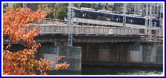 京阪電車3