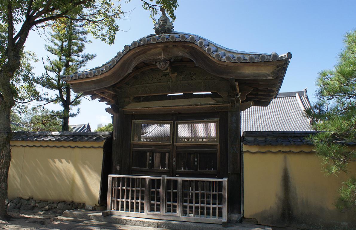 1崇福寺名島城門2