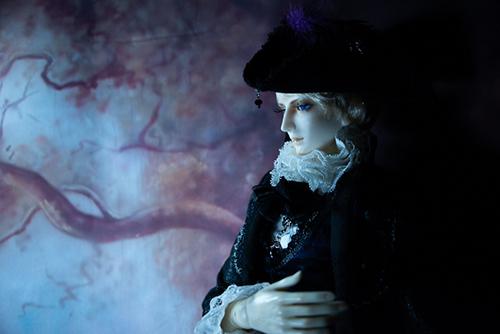 Ring doll、杉苔の空さんにメイクして頂いた、Ronaldのメフィストフェレス2世。ゴシックな衣装に着替えて。