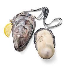 牡蠣のポーチ付き ショルダーバッグ