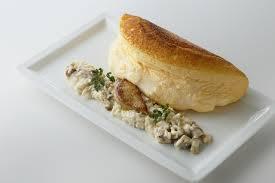 キノコと押し麦のクリームリゾットフォアグラのポワレ