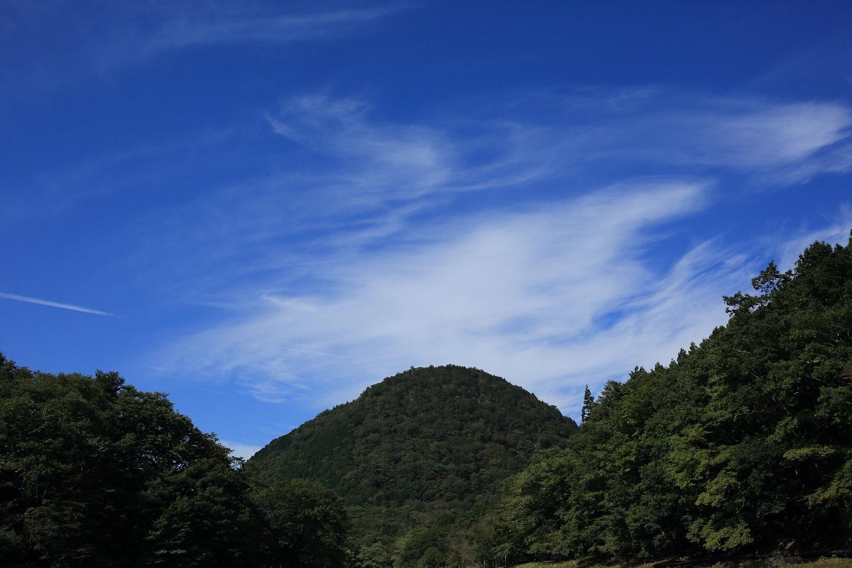 ブログ 新湯富士の上の空.jpg