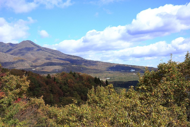 ブログ 山麓の風景.jpg