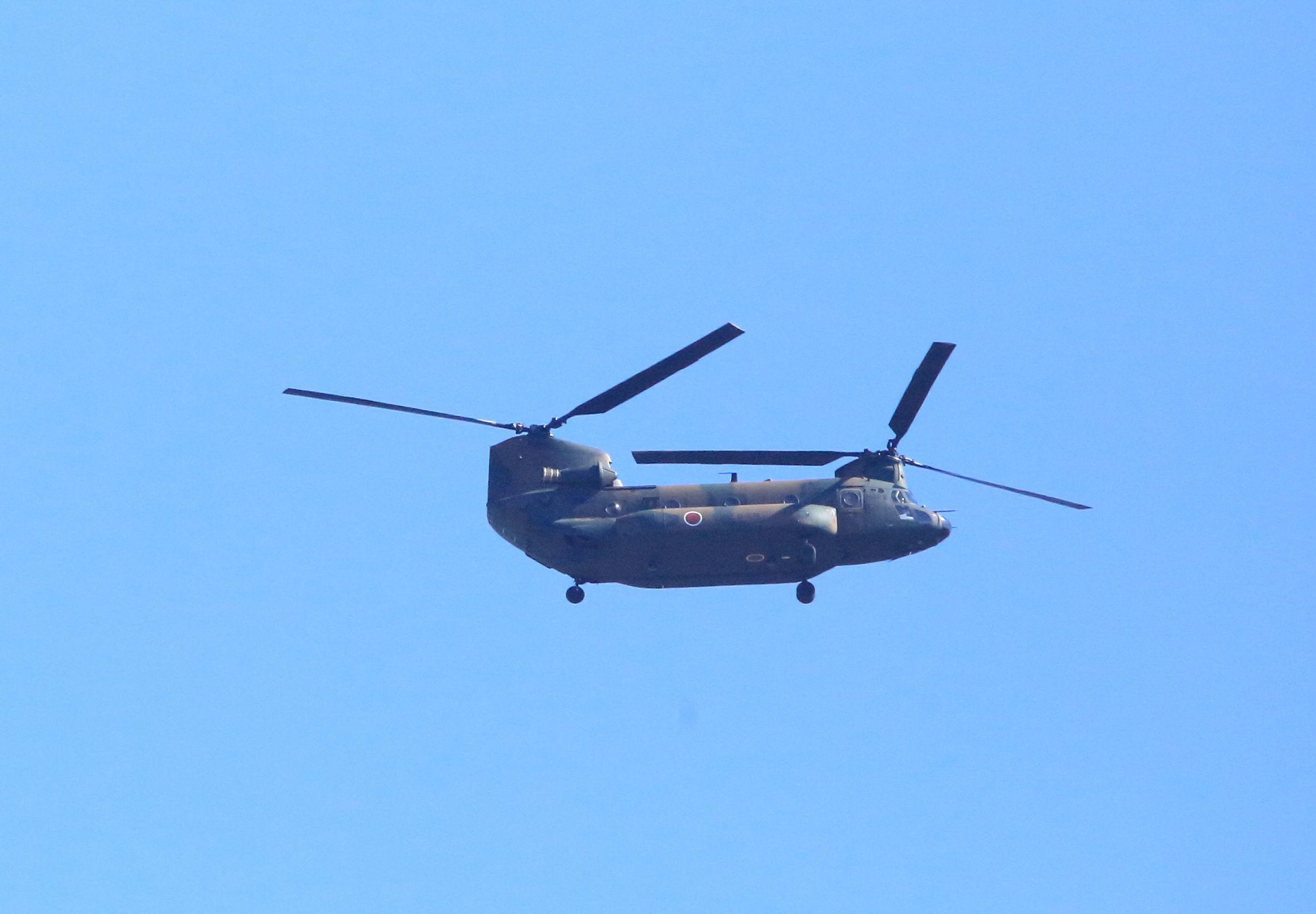 自衛隊のヘリ.JPG