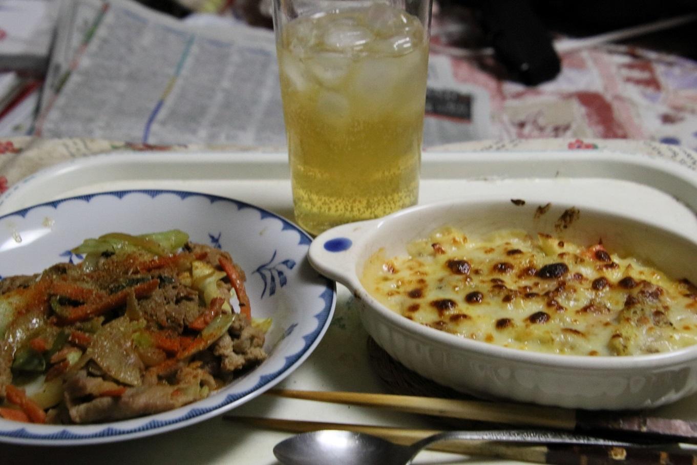 111夕食 肉みそ炒め定食.jpg