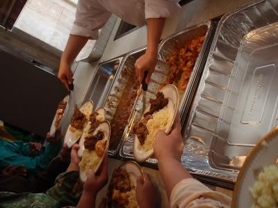 9-20100911_08330320100911_90ブルネイ食事