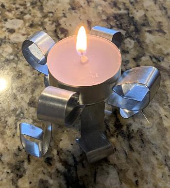candlestand1903.jpg
