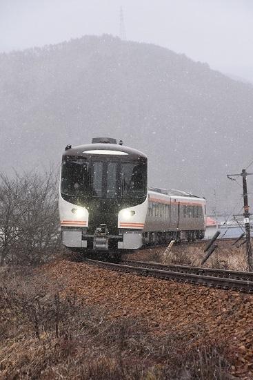 2020年2月23日撮影 高山本線 HC85系試運転 久々野駅