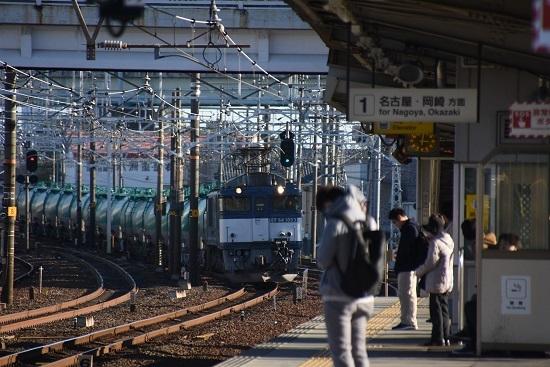 2019年11月15日 清洲駅にて西線貨物8084レ