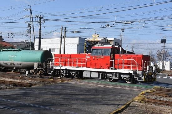 2020年2月9日撮影 南松本にてHD300-31号機が緑タキを牽いて