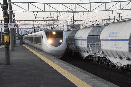 2019年11月15日撮影 清洲駅にて 681系2000番台 しらさぎ16号