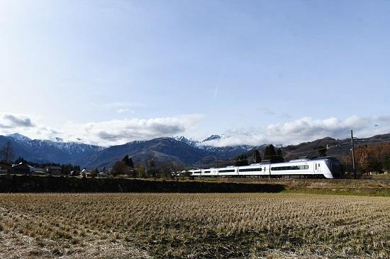 2019年11月24日撮影 大糸線にてE353系「あずさ」回送後撃ち