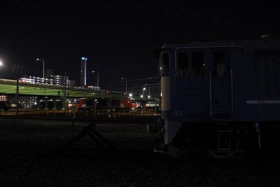2019年11月15日撮影 夜のEF64-77号機