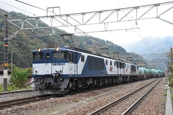 2019年10月24日撮影 西線貨物8883レ 奈良井駅進入