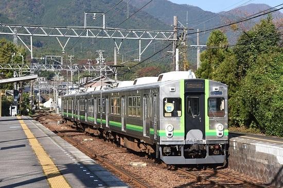 2019年11月16日撮影 7700系 緑歌舞伎塗装
