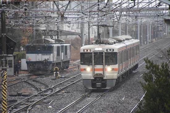 2019年12月30日撮影 西線貨物8084レと313系1700番台
