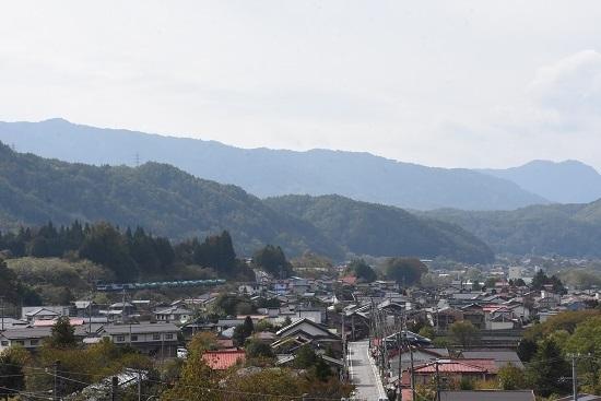 2019年10月27日撮影 西線貨物8883レ 宮ノ越宿を行く