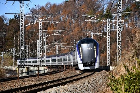 2019年11月30日撮影 立場川鉄橋にて 10M E353系「あずさ10号」