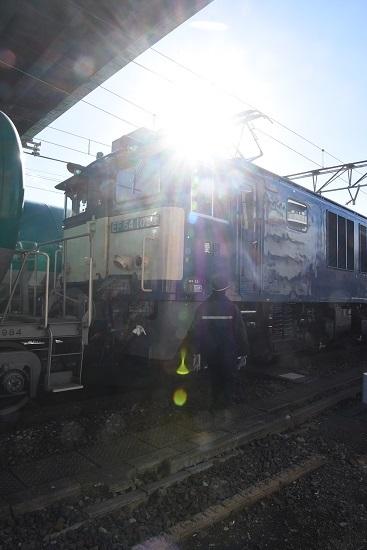 2019年12月31日撮影 西線貨物8084レと運転士さん