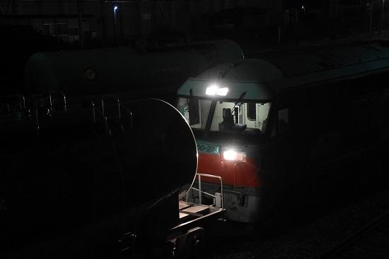 2019年11月16日撮影 塩浜にて DF200-223号機 機回し 4